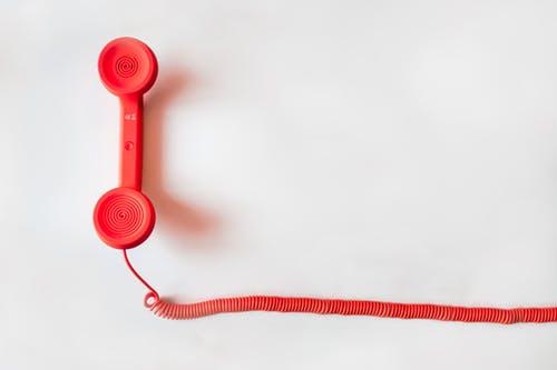 Heeft u hulp nodig of wilt u graag een praatje maken?